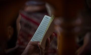 بررسی لغوی عبارت وتر الموتور در زیارت عاشورا