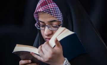 اعطای 10 ویژگی برای خوانندگان این دعا در روز عاشورا
