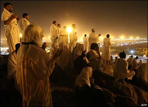 عرفه چه روزیست و صحرای عرفات کجاست؟ + اعمال و فضیلت آن روز