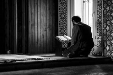 نهضت عاشورا و جستوجوی معنای زندگی