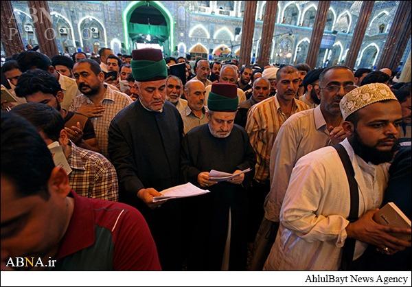 خواندن زیارت عرفه امام حسین (ع) به نیابت از ۵۸هزار نفر