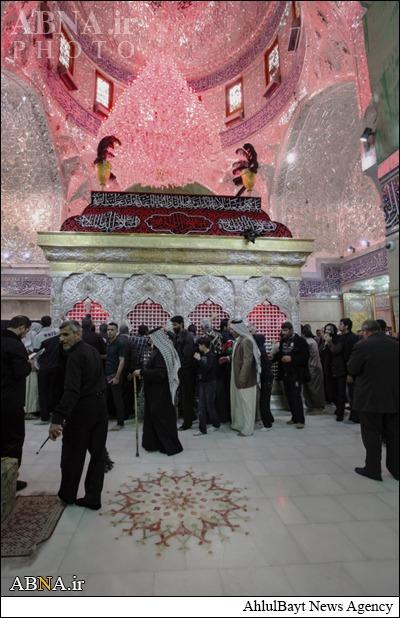 زیارت حرم امام حسین(ع) در شانزدهمین روز محرم/ عکس