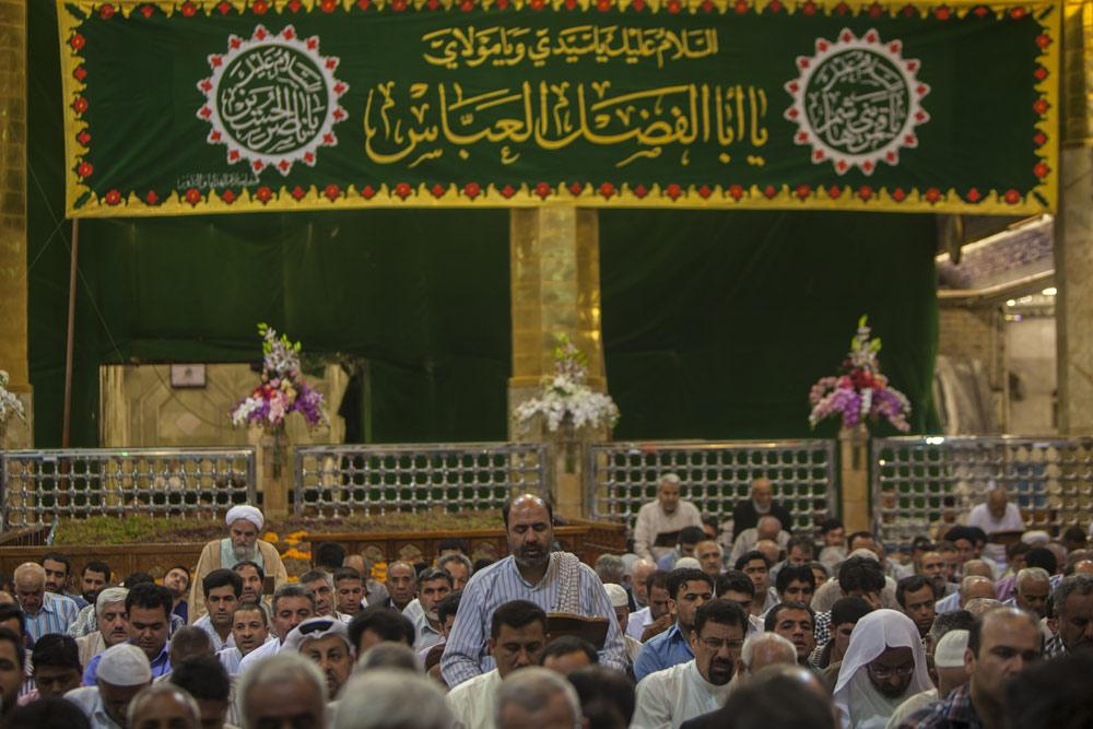 حرم حضرت عباس (ع) سراسر آذین بندی شد
