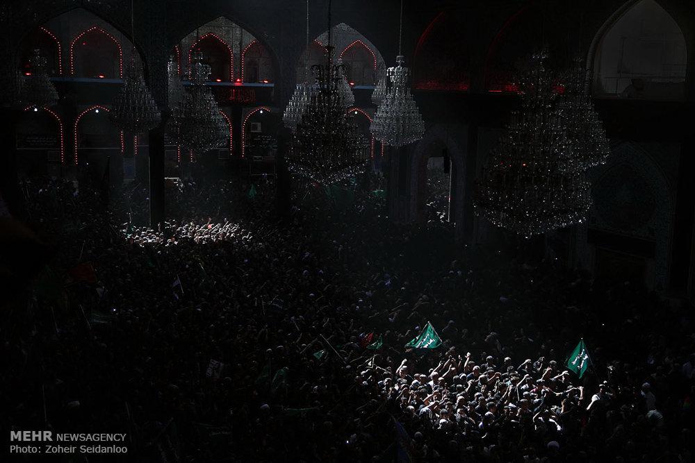 حال و هوای عزاداران حسینی در ظهر عاشورای کربلا/ گزارش تصویری