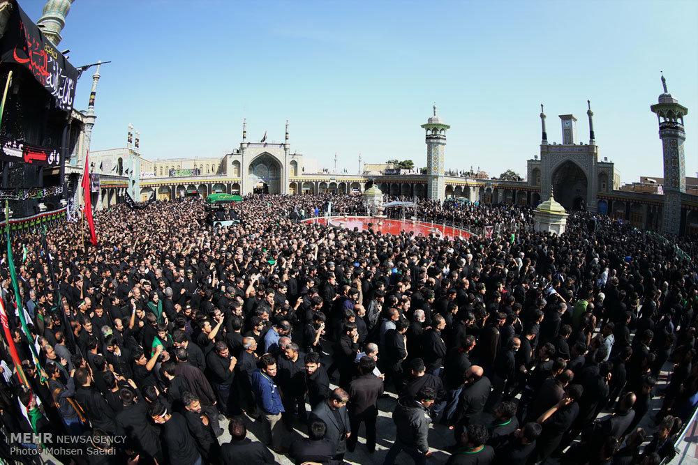 مراسم عزاداری عاشورای حسینی در حرم حضرت معصومه(س)/ گزارش تصویری