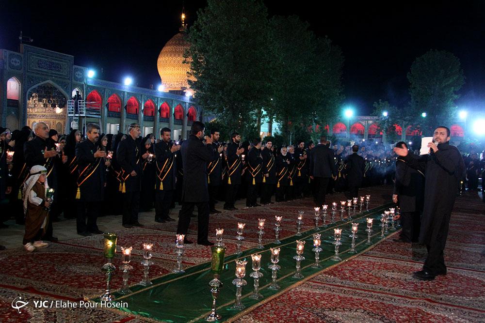 مراسم شام غریبان امام حسین (ع) در شاهچراغ شیراز/گالری تصاویر