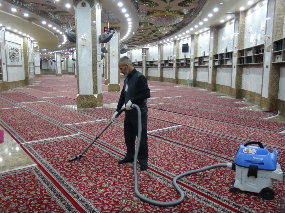 برنامهریزی گسترده آستان مقدس عباسی برای نظافت محوطه حرم مطهر و فضاهای پیرامونی آن در طول مراسم میلیونی زیارت اربعین
