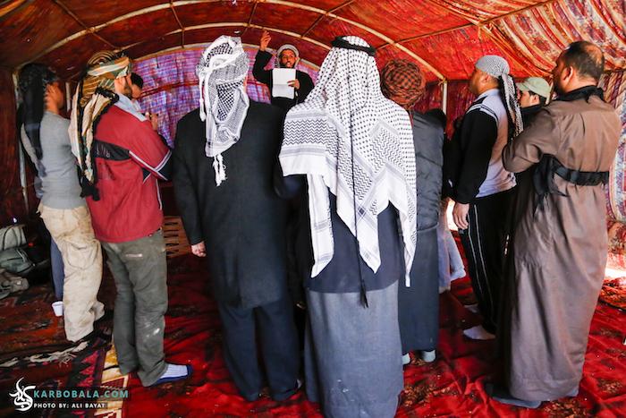 مراسم سینه زنی در موکب های بین راه/ گزارش تصویری