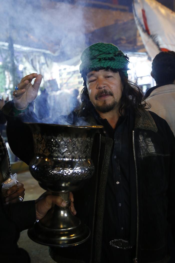 شیپور زنی و دسته عزاداری در کربلا/ گزارش تصویری