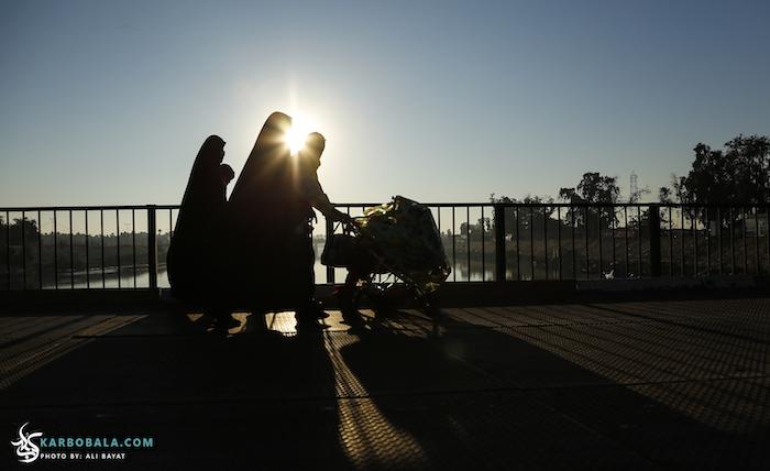 زائرین اربعین در کنار فرات/ گزارش تصویری