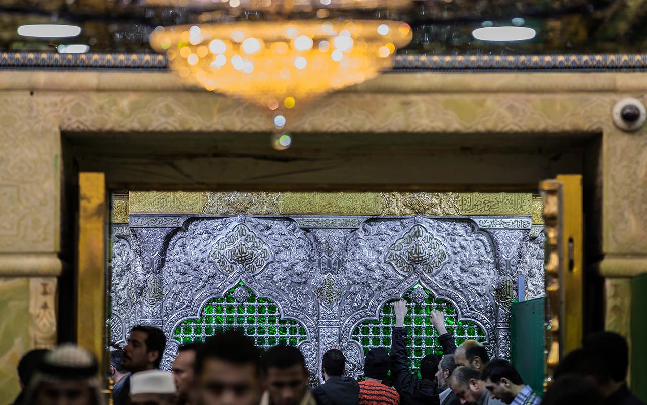 تصاویر زیبا از دربهای حرم امام حسین (ع) / بیا بگشای در، بگشای، دلتنگم (1)