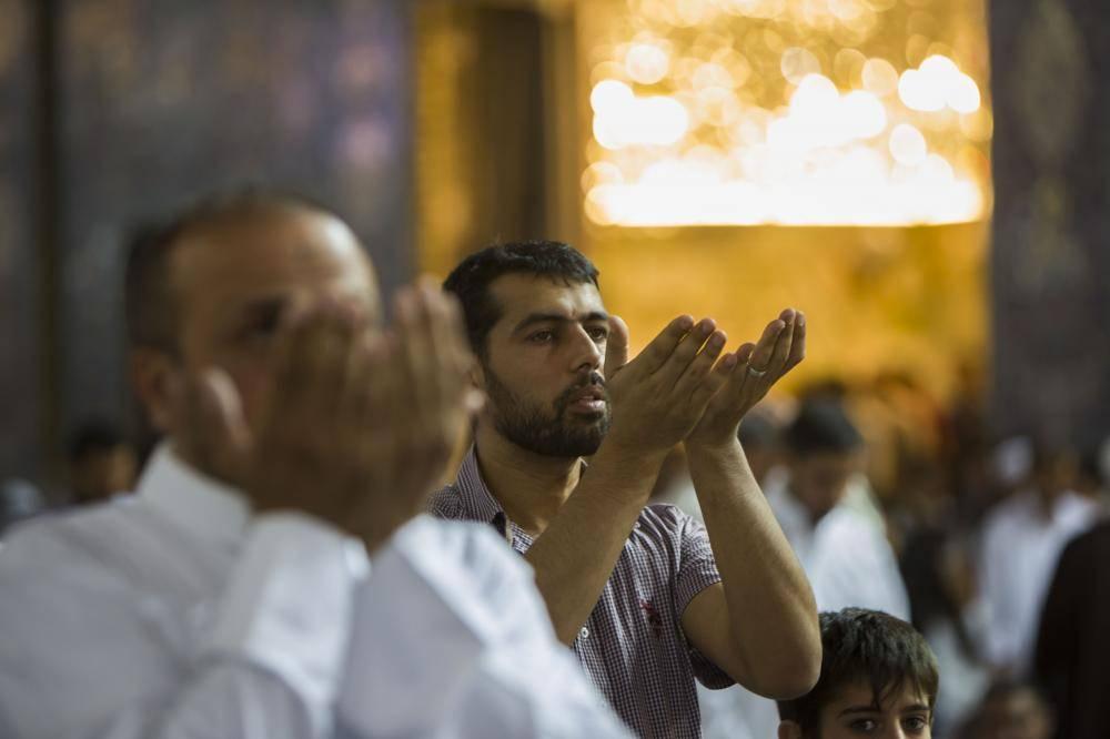 حال و هوای کربلا در آخرین شب جمعه ماه مبارک رمضان/گزارش تصویری