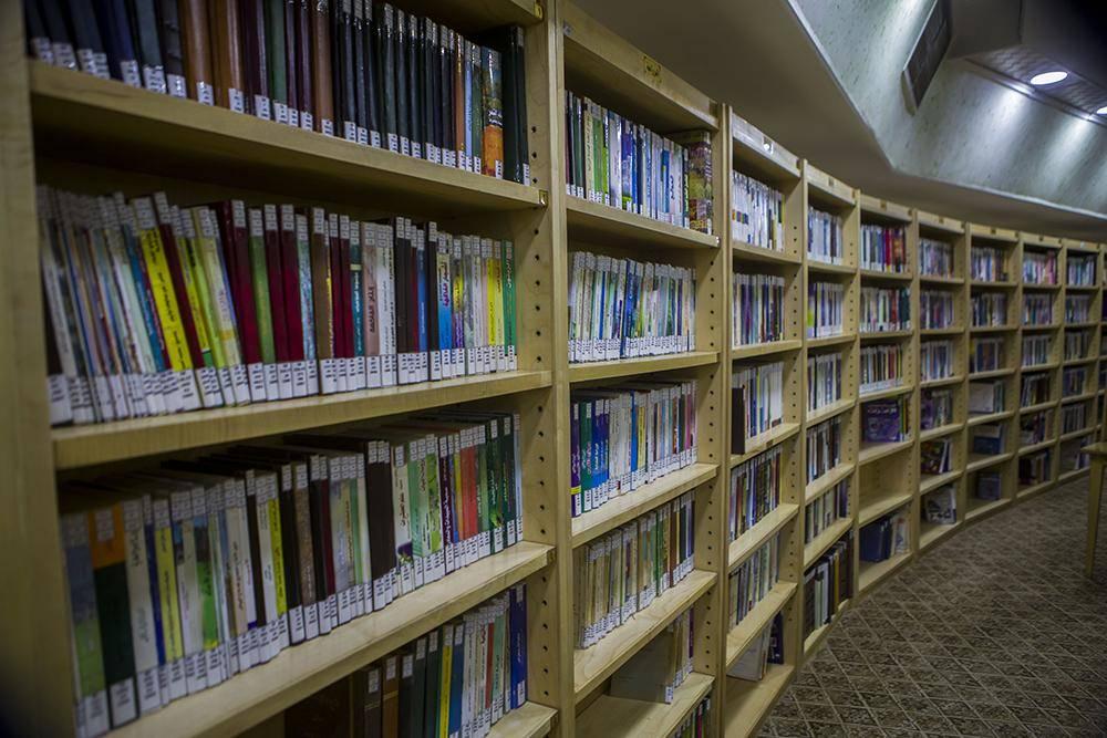 کتابخانه حرم حضرت عباس(ع) در کربلا + تصاویر