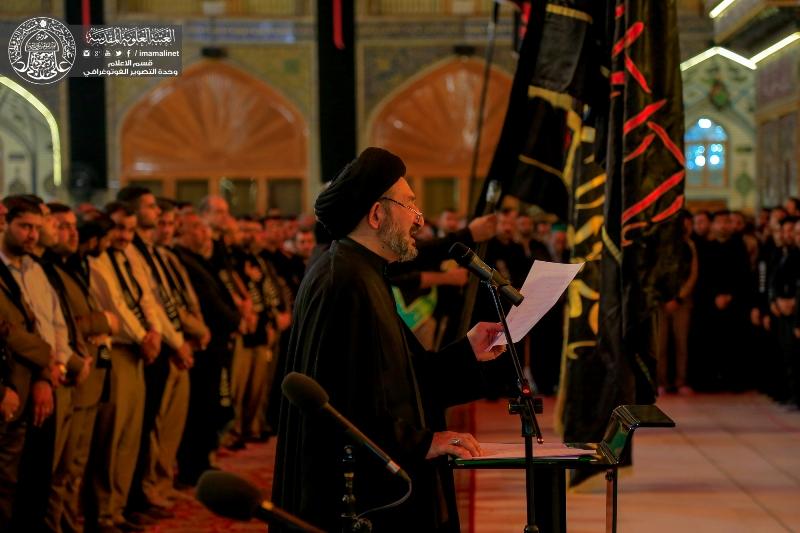 گزارش تصویری از برگزاری مراسم اهتزاز پرچم امام حسین در حرم مطهر امام علی (ع)