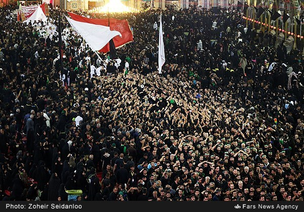 گزارش تصویری از عزاداری شب تاسوعای حسینی درکربلا