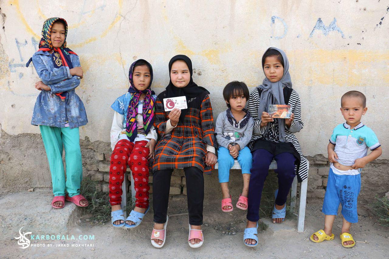 گزارش تصویری نخستین حضور کمپین «?who is hussain» در ایران
