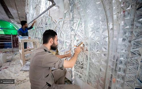 گزارش تصویری مراحل پایانی آینه کاری حرم سیدالشهدا (ع)