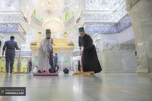 مراسم غبارروبی حرم مطهر سیدالشهدا (ع) / گزارش تصویری