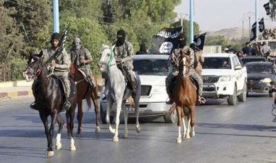 داعش گوش 70 عضو خود را برید