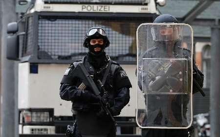 بازداشت 13 نفر در اتریش به اتهام ارتباط با داعش