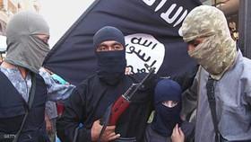 به هلاکت رسیدن بیش از 100 داعشی در حمله به فرودگاه دیرالزور
