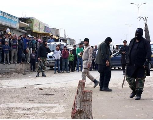 داعش یک فروشنده مواد مخدر را گردن زد