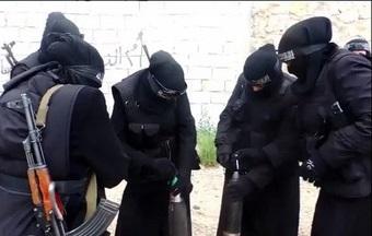 هلاکت 12 زن داعشی در درگیری های عراق