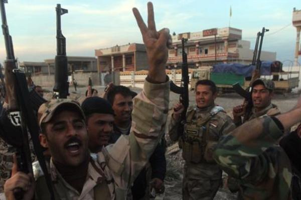 تکریت در محاصره کامل ارتش عراق