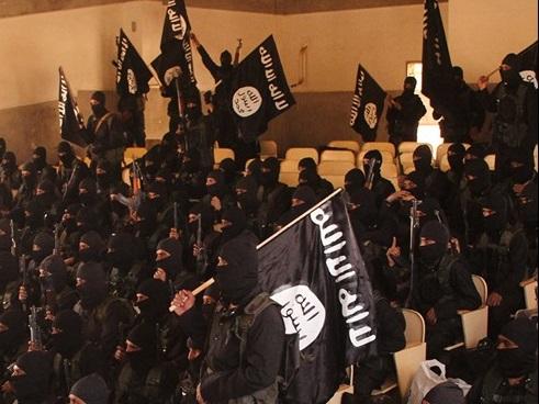 فارغ التحصیلی گروه جدیدی از عناصر داعش+ تصاویر