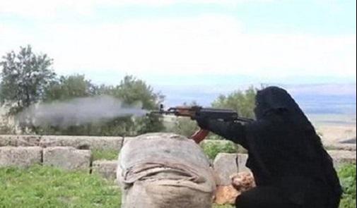 گردانهای تروریستی زنان در سوریه + تصاویر