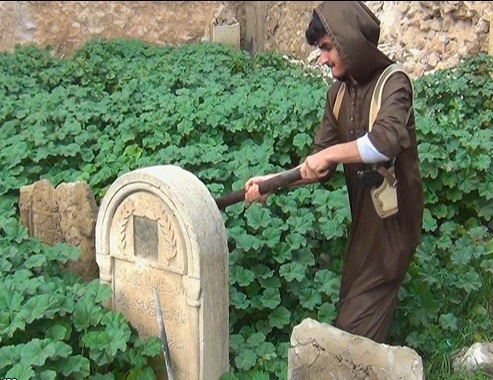 تخریب قبور باستانی مسیحیان در موصل+ تصاویر