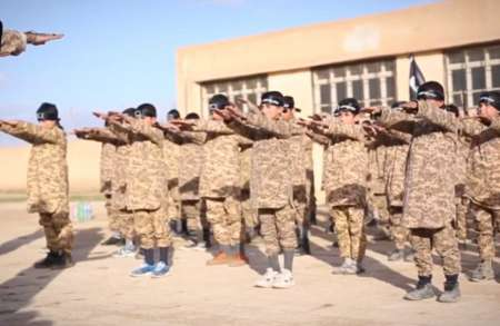 داعش 100مدرسه تاسیس کرده است