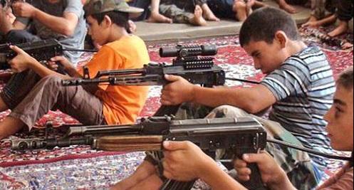 آموزش وحشیگری به کودکان توسط داعش