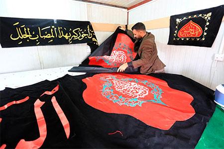مسجد کوفه سیاهپوش ایام فاطمیه میشود/ عکس