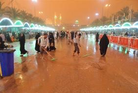 باران کربلا زائران را غافلگیر کرد