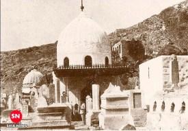 تصویر حرم مطهر حضرت خدیجه (سلام الله علیها) در قبرستان بقیع، پیش از تخریب توسط دشمنان خاندان رسالت