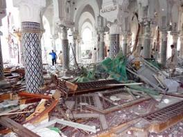 تصاویر تخریب زیارتگاه ها و نبش قبور در لیبی از سوی سلفی ها