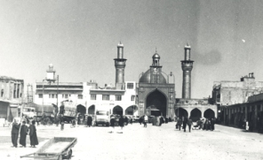 تصویری قدیمی از باب القبله امام حسین علیه السلام