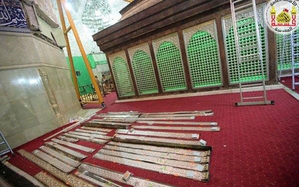 تصاویر عملیاتتعویض ضریح امامحسین(علیه السلام)