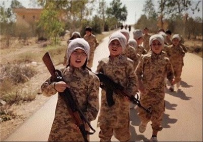 سوءاستفاده تروریستهای داعش از کودکان در افغانستان + تصاویر