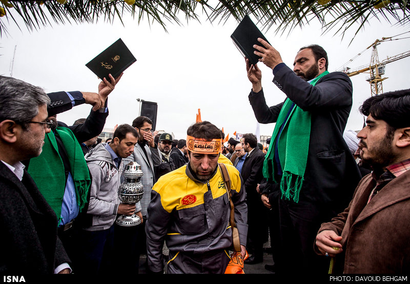 مراسم بدرقه خادمین اربعین حسینی/ گزارش تصویری