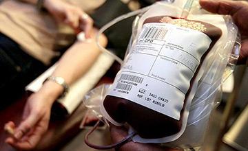 گفتگو با آموزگاری که بیش از چهل بار خون اهدا کرده است