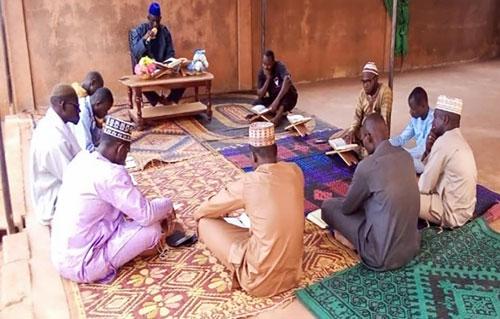 دورههای آموزش قرآن و دروس فقهی و اعتقادی در قاره آفریقا
