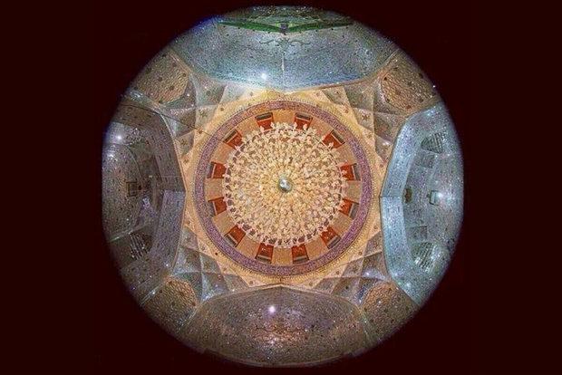 ماجرای عکسی تاریخی از زیر قبه حرم امام حسین (ع)