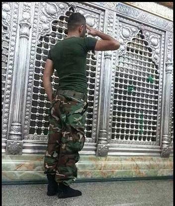 احترام نظامی به بانوی مقاومت / عکس