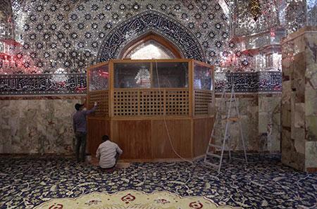 نصب پنجرههای موقت اطراف ضریح حضرت مسلم (ع)