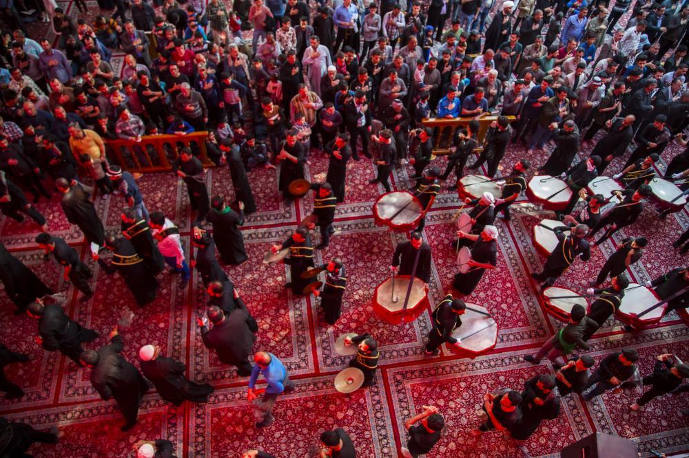 عزاداری رحلت حضرت ام البنین در حرم حضرت عباس (ع) برگزار شد + تصاویر
