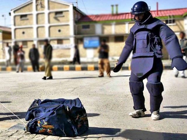 کشف چند بسته بمب گذاری شده در «کربلا»