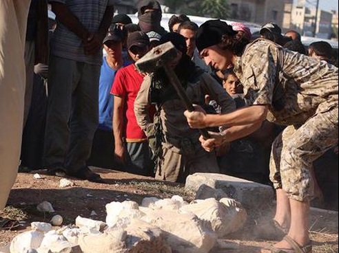 داعش تخریب آثار باستانی تدمر را آغاز کرد + عکس
