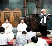طنین آوای قاریان حرم امام حسین در اندونزی